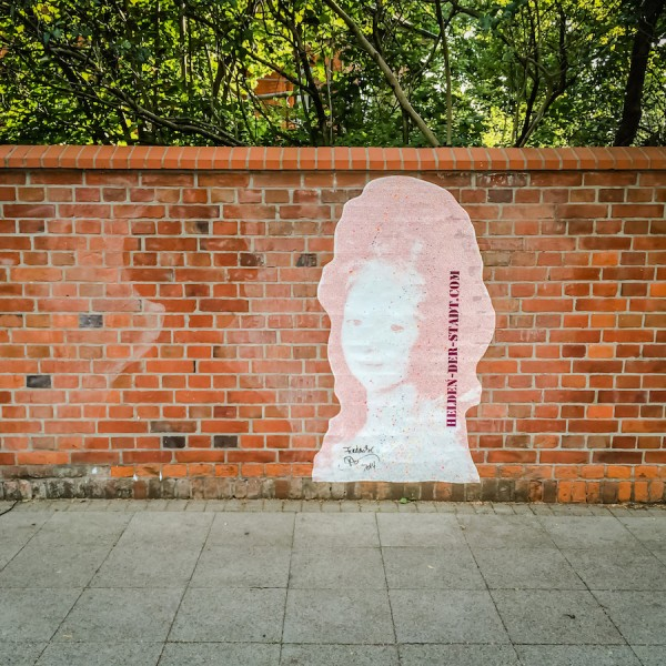 Missing sister, the wall of the NABU Niedersachsen 3 month after installation